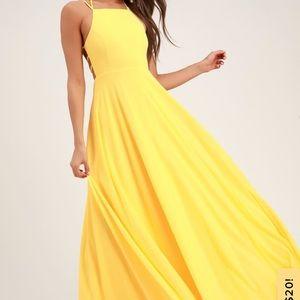 Woman's Lulu's Yellow Dress